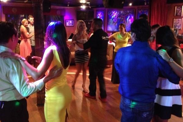 https://gooddeedseats.com/images/best-latin-clubs/SalsaMia.jpg