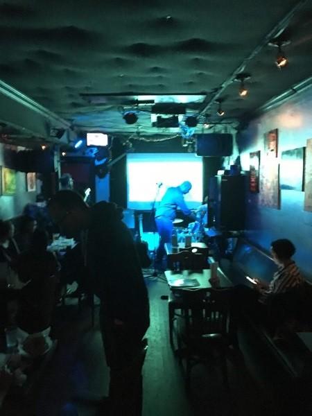 https://gooddeedseats.com/images/best-nyc-venues/FreddiesBar.jpg