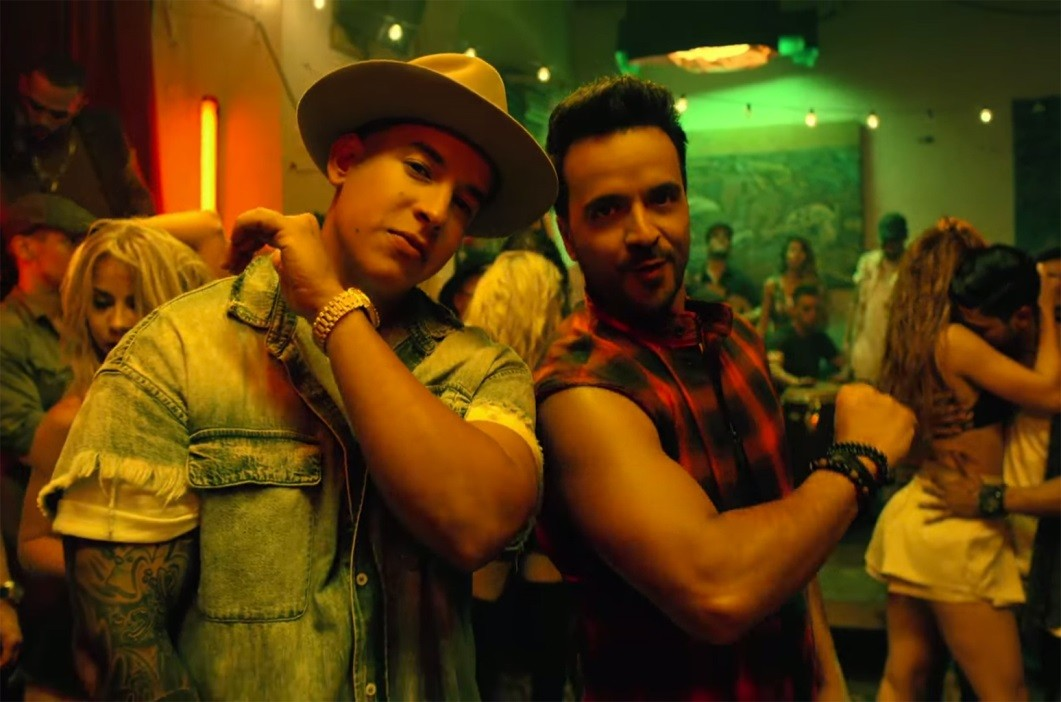 C:\Users\alexis.anthony\Desktop\Luis-Fonsi-Despacito-ft.-Daddy-Yankee-screenshot-2017-billboard-1548.jpg